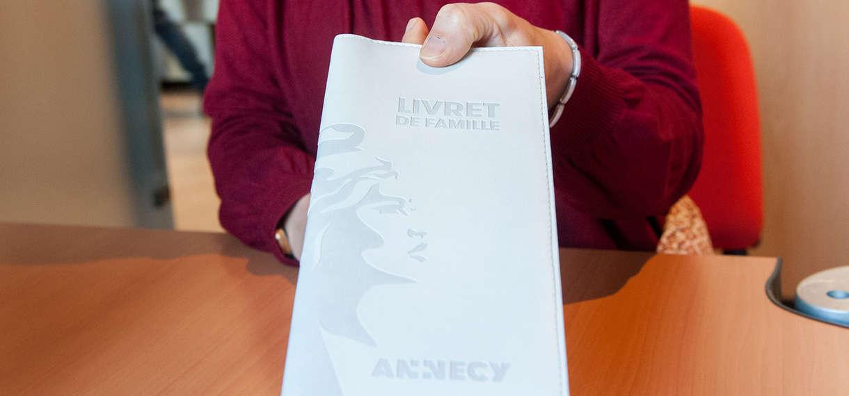 Le Livret De Famille Ville D Annecy
